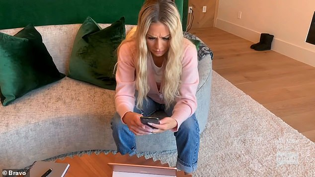 Out loud: Dorit read the message from Erika out loud in a voice-over