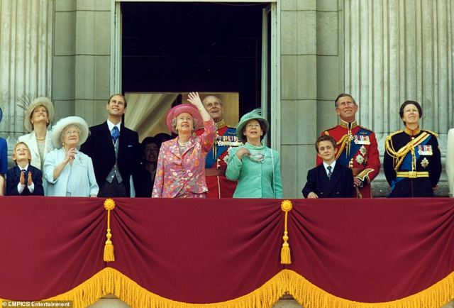 2000 A PRETTY PINK PATTERN:The Queen (in pink) waves on the balcony of Buckingham Palace, London, for the Trooping the Colour ceremony. (L-R) Countess of Wessex, Queen Mother, Earl of Wessex, Duke of Edinburgh, Princess Margaret, the Prince of Wales and the Princess Royal.