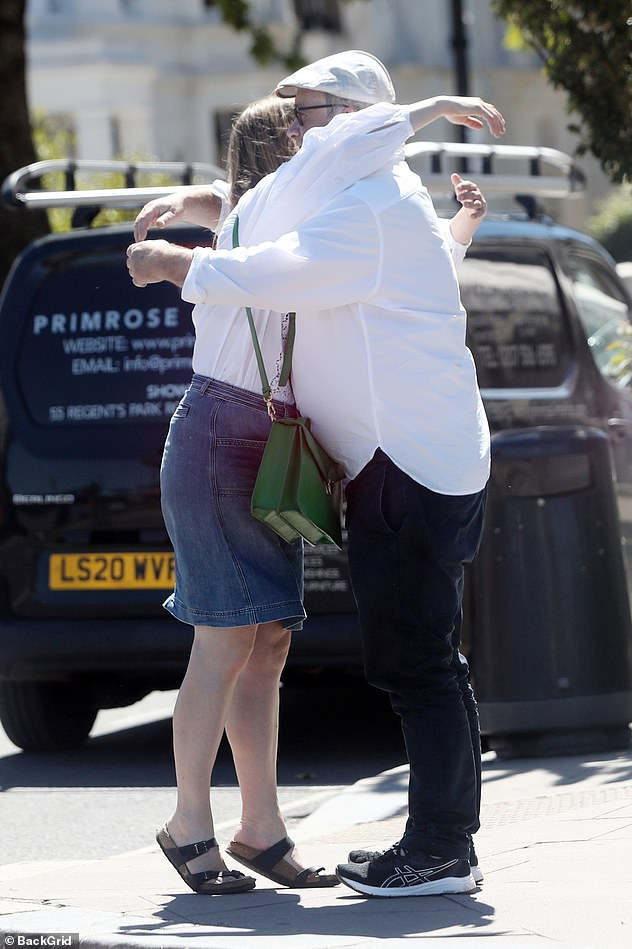 Hug: The couple kissed while saying goodbye after having lunch together