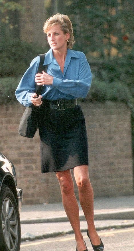 Diana at the Royal Brompton Hospital in 1995