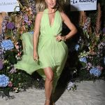 Julianne Hough sizzles in flowing green dress as she attends Naked Heart France Riviera Dinner 💥👩💥
