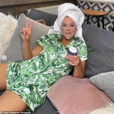 Vicky Pattison will get actual along with her followers for an 'Insta versus actuality' self-care comparability