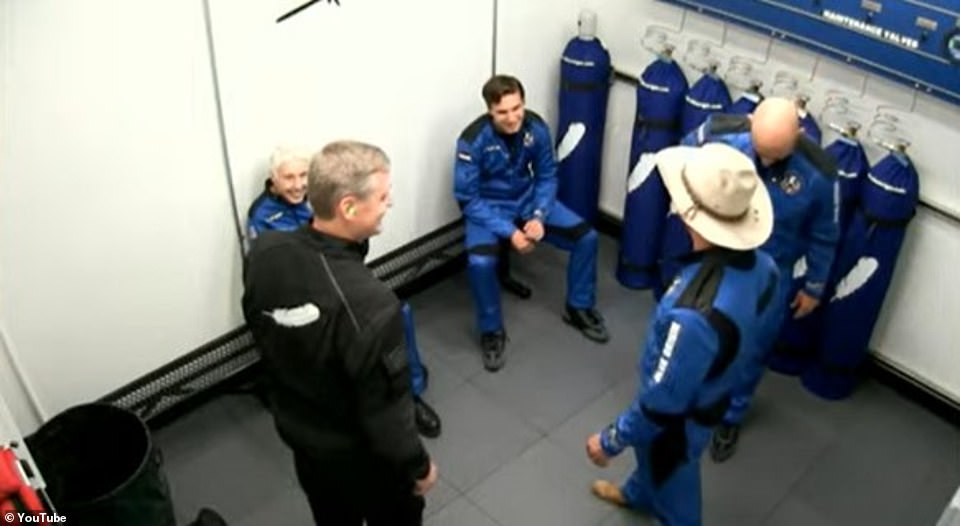 Before boarding the crew had a final briefing
