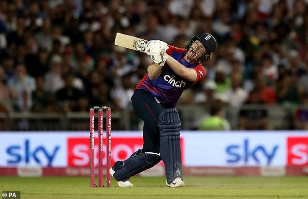 England captain Eoin Morgan came to his side's rescue with a cool 21 from 12 balls