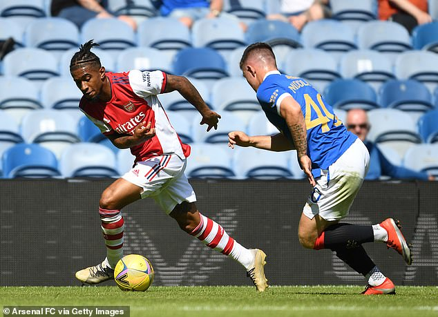 Reiss Nelson (L) is one of the players that could move to Leicester to help sweeten the deal