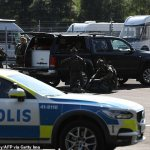 Swedish murderers demand pizzas in exchange for prison guards hostages 💥👩💥