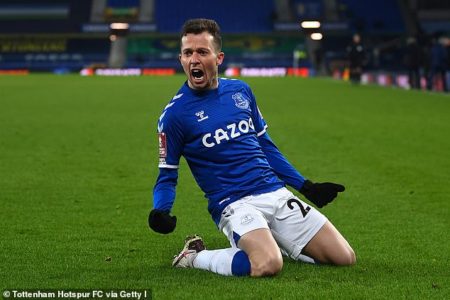 Everton striker Bernard is reportedly heading to the exit at Goodison Park this summer
