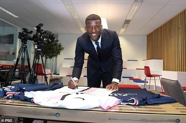 Wijnaldum has put pen to paper in a contract in the Parc des Princes that runs until 2024