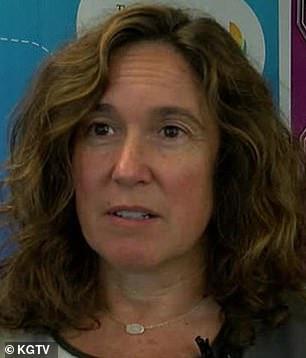 Plaatsvervangend onderwijssecretaris Cindy Marten had naar verluidt de leiding over het schoolsysteem van San Diego toen het district de mede-oprichter van het Abolitionist Teaching Network meer dan $ 10.000 betaalde voor een spreekbeurt