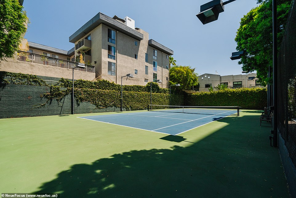 Serve Eyes: There is a private tennis court for residents to practice their swing at.