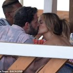 Jennifer Lopez and Ben Affleck passionately kiss during steamy dinner on romantic Italy trip 💥👩💥