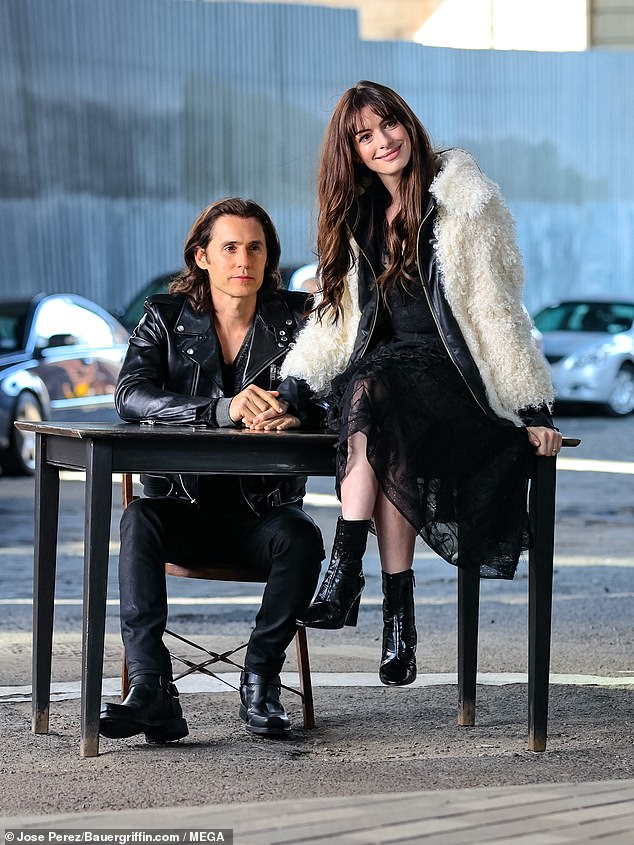 Action!  Oscar-winning duo Jared Leto and Anne Hathaway continued filming their Apple TV + WeCrashed series in Manhattan on Monday