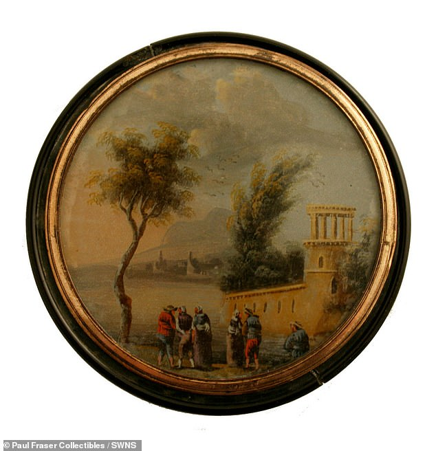 The box was gifted by Nelson to his personal secretary George Unwin, during a dinner party in Sicily in late 1798 or early 1799