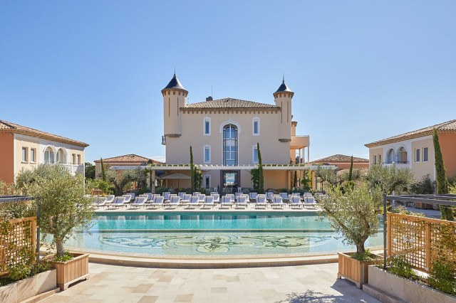 The hotel - run by the inimitable Airelles group and which has a 'palace' rating from the French government - is irresistible from top to bottom