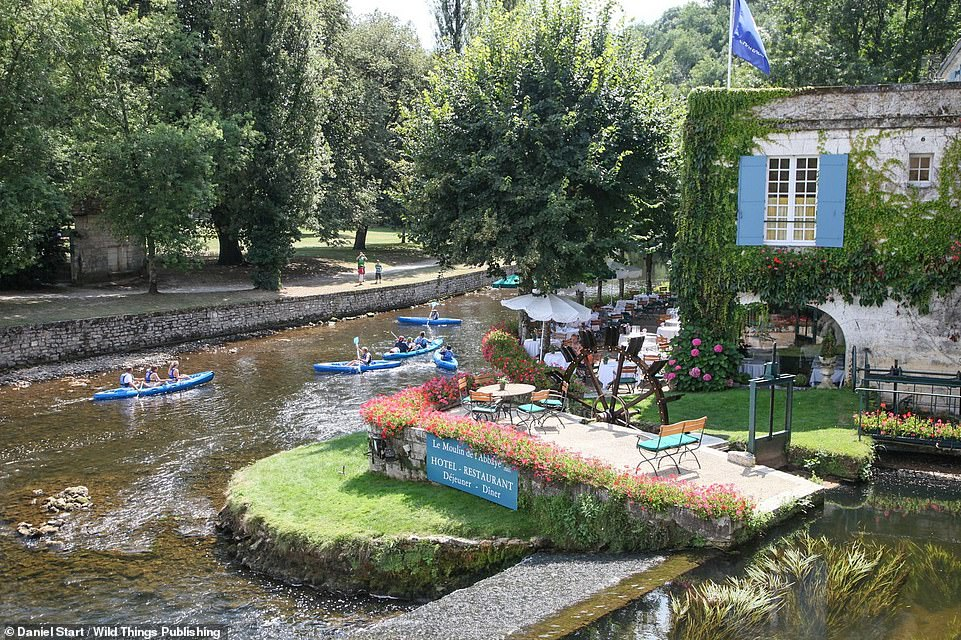 46501963 9879711 BRANTOME PERIGORD VERT Behold the picturesque island town of Bra a 37 1628719092844