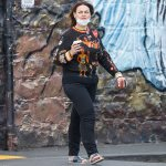 Chrissie Swan flaunts her epic weight loss in black skinny jeans in Melbourne 💥👩💥