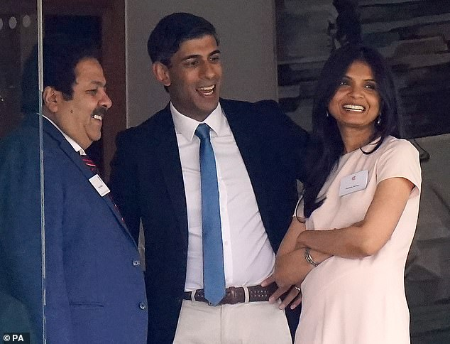 Rishi Sunak with his wifeAkshata Murthy at Lords as England played India earlier this month