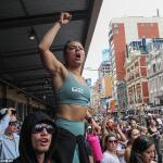 NBA star Andrew Bogut slams police for firing rubber bullets at Melbourne rally in lockdown rant 💥👩💥