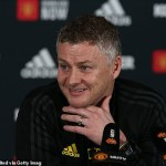 Ole Gunnar Solskjaer teases a late move to bring Cristiano Ronaldo back to Manchester United 💥👩💥