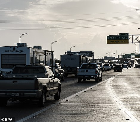 As hundreds of thousands of residents attempt to evacuate New Orleans, highways are seeing gridlock traffic