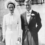 Prince Harry and Meghan Markle risk same fate as Edward VIII and Wallis Simpson, film maker claims💥👩💥💥👩💥