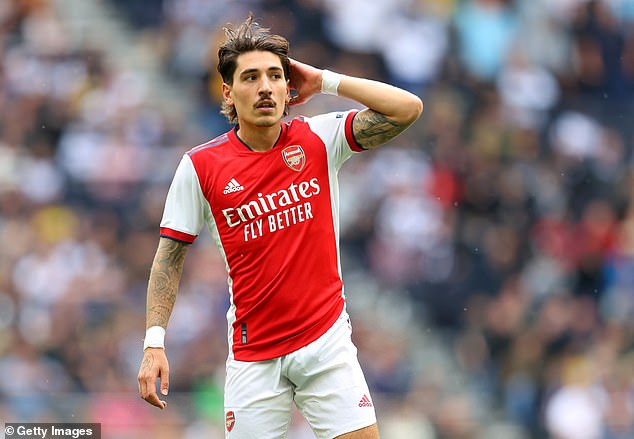 Barcelona are reportedly considering a move for Arsenal right back Hector Bellerin