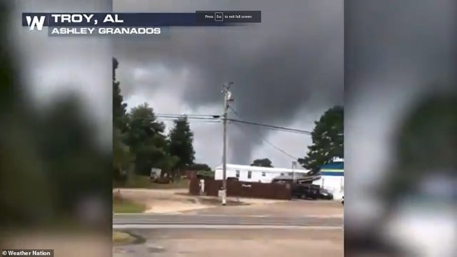 Alabama officials warned that tornadoes could result from Ida's outer bands