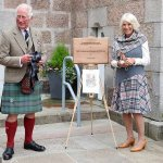 When in Scotland! Prince Charles and the Duchess of Cornwall don full tartan in Aberdeenshire 💥👩💥