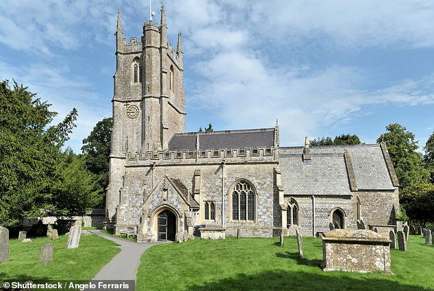 ¿It will soon be possible to visit almost any Anglican burial ground in the country and see in real time the location of burial plots,' said Bishop Andrew Rumsey