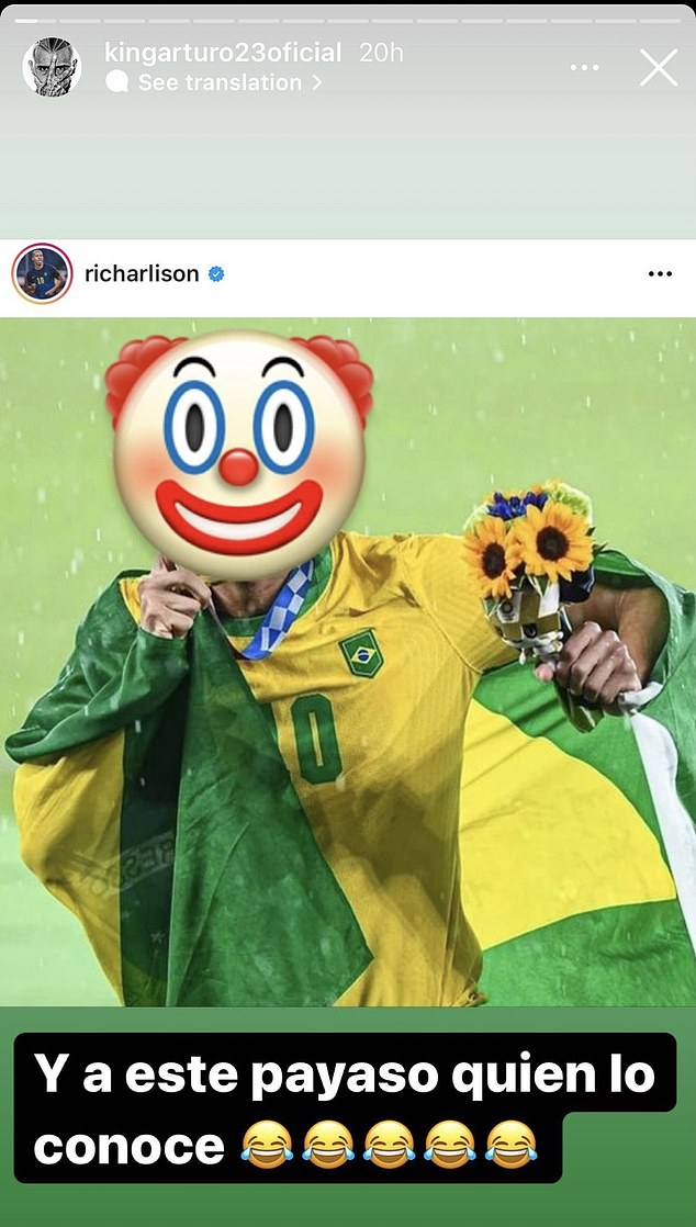 Vidal shared an edited picture of Richarlison which showed him with a clown emoji over his face