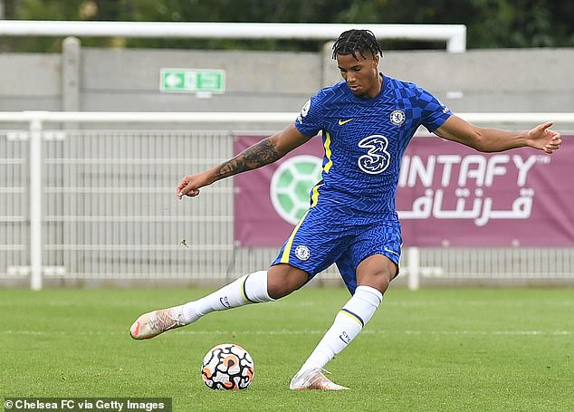 Talented Chelsea youngsterXavier Mbuyamba has been promoted to first-team training