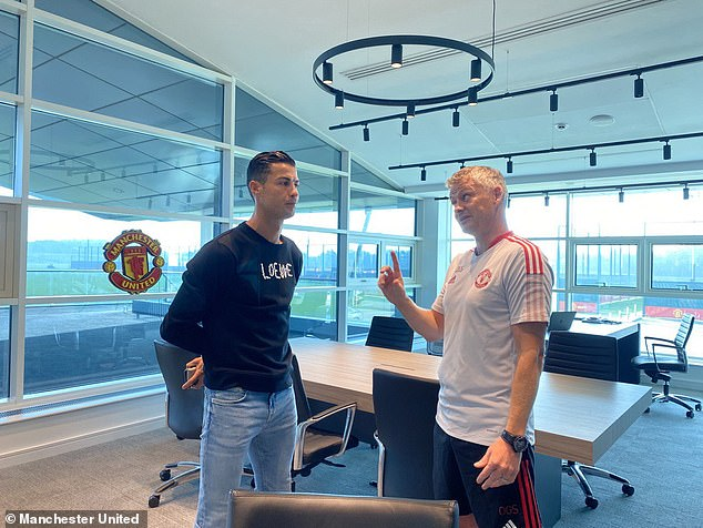 Ronaldo spoke with boss Ole Gunnar Solskjaer after returning to Manchester United's complex