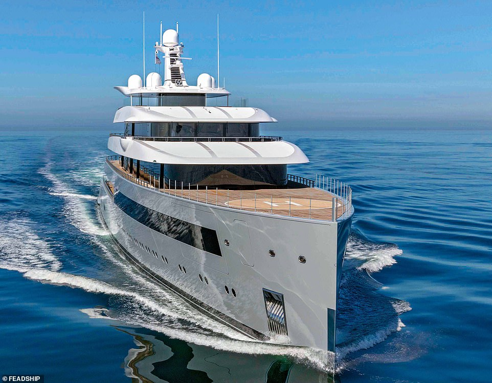 The Moonrise sleeps 16 guests across eight staterooms and judges praised the yacht for its 'attractive masculine character'