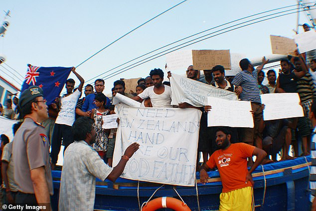 Sri Lankan asylum seekers destined for Australia and New Zealand are stopped en route