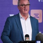 Covid-19 Australia: Victoria Health Minister fires shot at NSW Premier for canceling daily pressers 💥👩💥