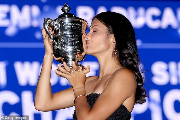 She won in straight sets to become the first ever qualifier to win a Grand Slam tournament