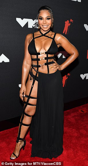 Oh my! Ashanti, 40, commanded attentionon the red carpet at the 2021 MTV VMAs, on Sunday