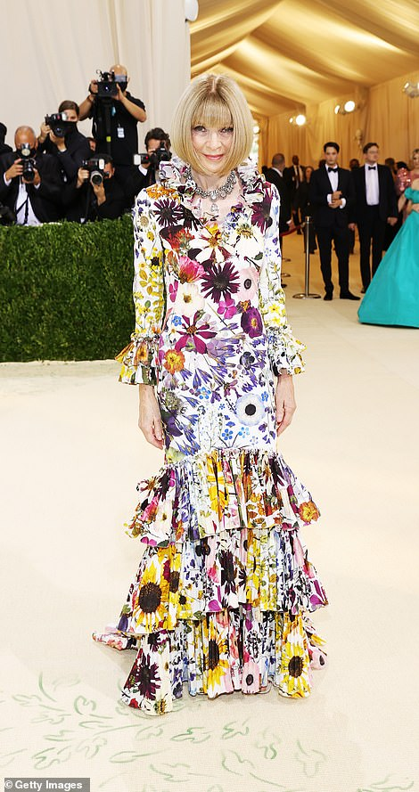 Here she is! Anna Wintour, US Vogue's Editor-In-Chief and Met Gala chairwoman arrived in a patterned floral number with a mermaid style hem
