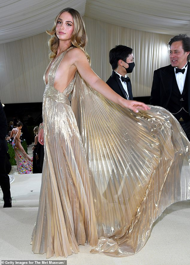 But of course! She wore a dress by her grandmother Diane von Furstenberg