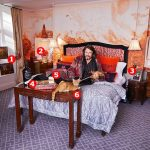 My haven, Laurence Llewelyn-Bowen in the bedroom of his Cotswolds manor house 💥👩💥💥👩💥