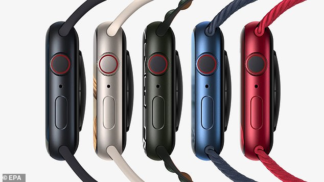 Apple Watch Series 7 collection revealed five brand new aluminum case colors, including midnight, starlight, green, a new blue and (product) red