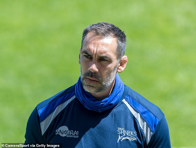 Sale Sharks' director of rugby Alex Sanderson has warned his players to get their Covid jabs
