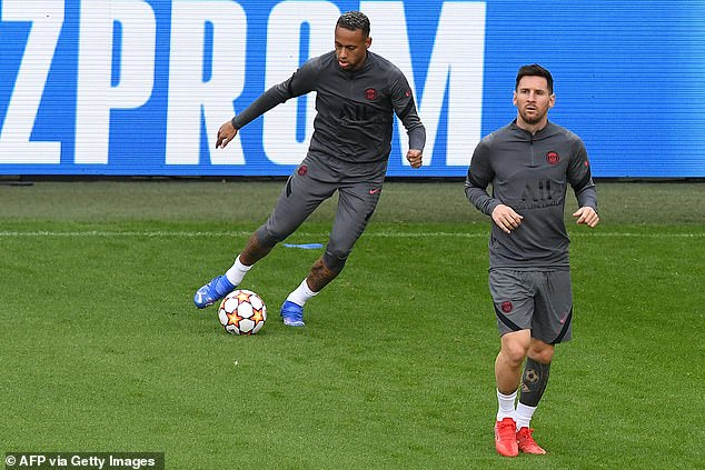 It is the first time Neymar (left) and Messi (right) have linked up since the summer of 2017