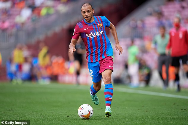 Barcelona have confirmed that striker Martin Braithwaite has had a successful knee operation