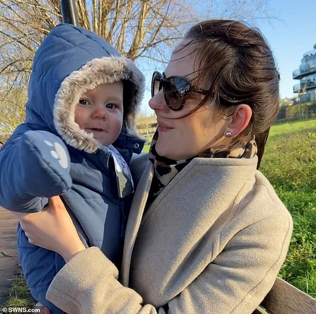 She looked so happy, sporting sunglasses as she cuddled a snugly wrapped-up Louis that her friend took a photo, their last of Louis. It was such a beautiful day that, after the coffee, Rachael was reluctant to get the train home