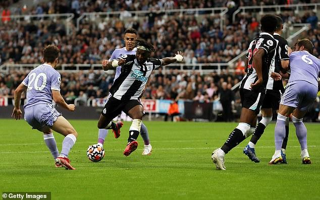 Allan Saint-Maximin weaved past several helpless defenders before finding the bottom corner