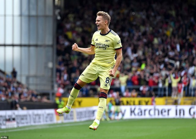 Martin Odegaard scored a superb free-kick to put Arsenal in the lead in the 30th minute of their game away to Burnley