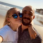 Police search for missing 'van-life girl' Gabby Petito in Wyoming and boyfriend in Florida 💥👩💥