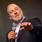Brian Houston steps down from board amid sexual abuse concealing court case in Australia 💥👩💥