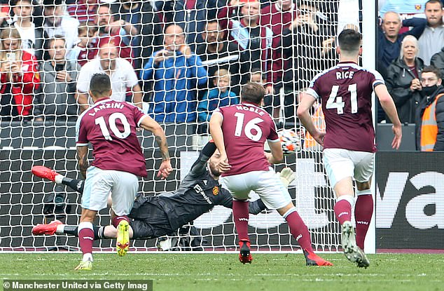 De Gea saved Mark Noble's spot-kick in the final minutes to ensure United won 2-1